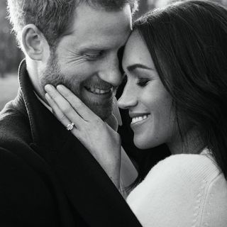 Meghan Markle: o que vestiu para as fotos oficiais do noivado