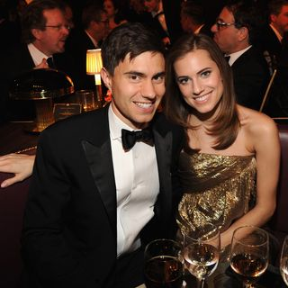 Allison Williams e Ricky Van Veen separados