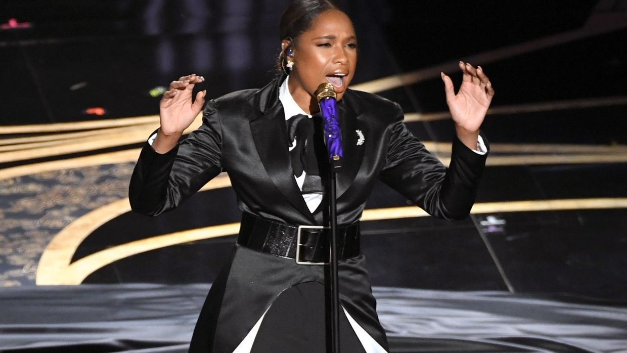 "Jennifer Hudson interpretou 'I'll Fight' do documentário ""RBG"""