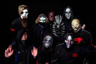"Slipknot anunciam novo álbum, ""We Are Not Your Kind"": os detalhes, o alinhamento e o videoclip"