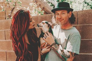 As fotos do casamento de Corey Taylor dos Slipknot com Alicia Dove das Cherry Bombs