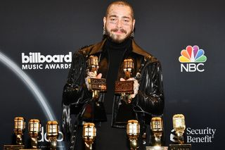 Post Malone falha playback nos Billboard Music Awards e os fãs não perdoam