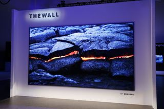 Samsung anuncia The Wall, uma TV modular de 146 polegadas com MicroLED