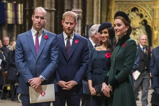 Os príncipes William e Harry com as respetivas mulheres, Meghan Markle e Catherine Middleton