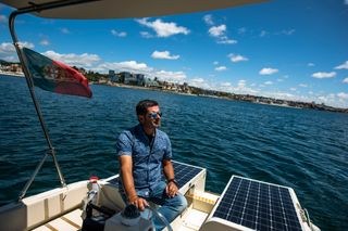 Sailing in solar mode