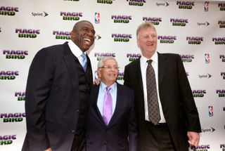 Com Magic Johnson e Larry Bird em 2012