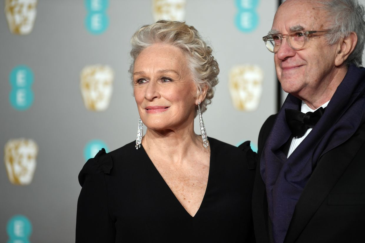 Glenn Close e Jonathan Pryce