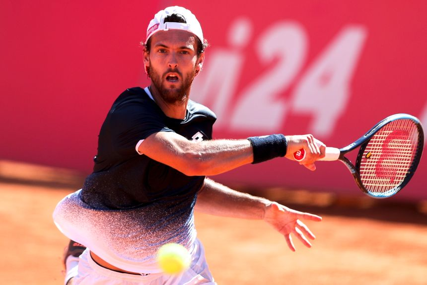 ba0023b44cb João Sousa cai na segunda ronda do Estoril Open