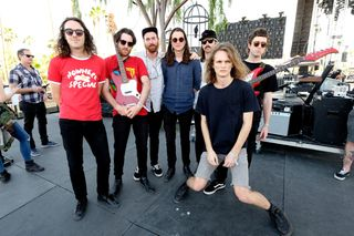 """Infest the Rats' Nest"", dos King Gizzard & The Lizard Wizard: Heavy metal para o século XXI"